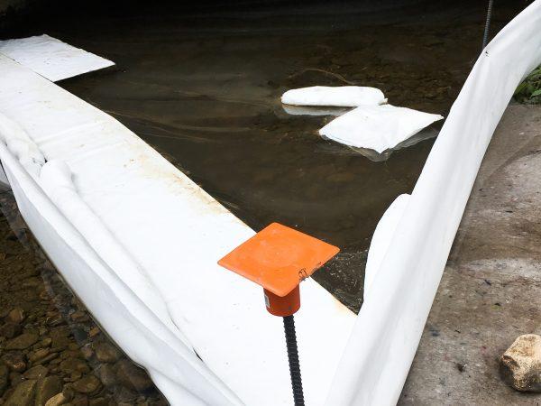 Petroleum Oil Fuel Filter Fence Spills on Water 2